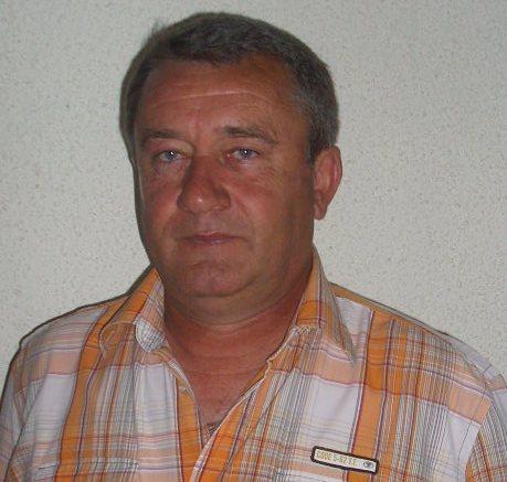 Иван Генов